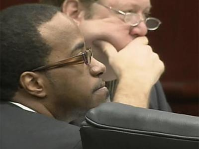 Robert Reaves sits in a Wake County courtroom during opening arguments of his murder trial on Sept. 29, 2009. Reaves is accused of killing Latrese Curtis in January 2008.