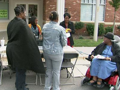 Raleigh Housing Authority community of Chavis Heights learned about free Internet access on Saturday, Oct. 17, 2009.