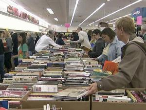 Crowds hit Wake County library's book sale