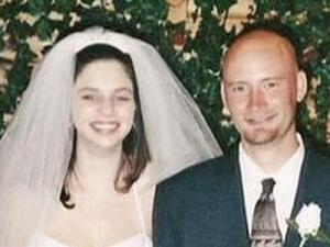 Kelly Morris, left, and her husband, Scott Morris, in an undated photo. The mother of two disappeared from her Stem home on Sept. 3, 2008.