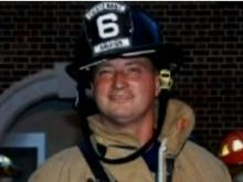 Firefighter loses battle for life, week after wreck
