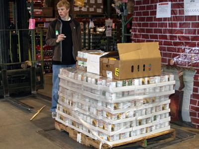 The Raleigh and Greensboro branches of Brady Trane collected 5,711 pounds of food to help feed hungry families.