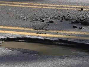 Drivers can report potholes