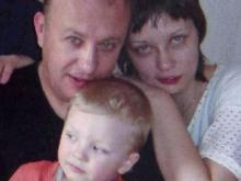 Leonid Lotsmanov's wife died five days after they arrived in the U.S., leaving him to raise their 3-year-old son alone.