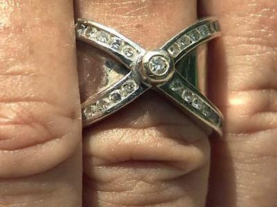 Karin Pasini's wedding ring