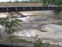 Engineers look to stabilize Hope Mills dam