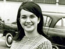 A young Elizabeth Edwards