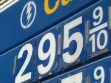 Holiday gas prices could pass $3 a gallon