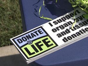 Jason Ray's parents push for organ donors to make their wishes known.