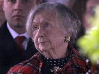 Jessie Rae Scott attends the Jan. 27, 2009, funeral of her husband, former NC Gov. Bob Scott. Jessie Scott died on Dec. 26, 2010.