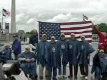 Vets take Flight of Honor to visit D.C. memorials