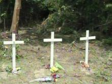 Triple fatal crash leaves community in mourning