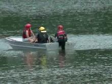 Rescuers search for man on Lake Wheeler