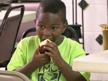 Summer programs feed needy kids