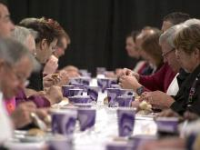 Hundreds share New Year's meal in Fayetteville