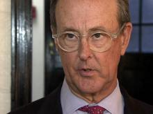 US debt panel heads Bowles, Simpson talk solutions at Duke