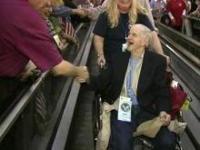 Flight of Honor vets get huge homecoming