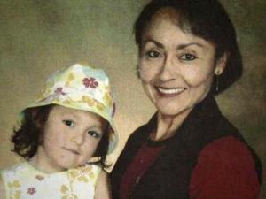Hortencia Aguirre Verduzco with her daughter, Enid
