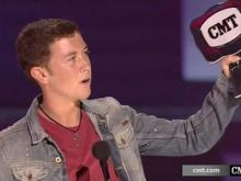Scotty McCreery to sing at Triple-A title game