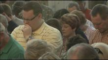 IMAGE: Franklin students, parents pray to have their way