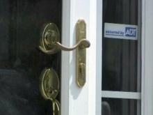 Durham police warn of door-to-door security sales scam