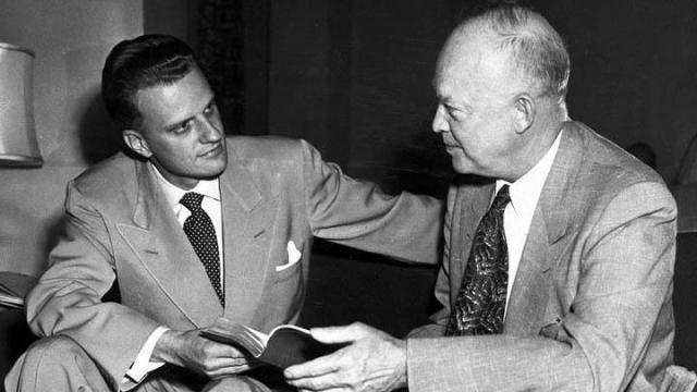 Rev. Billy Graham meets with President Dwight Eisenhower. (Photo courtesy of Billy Graham Evangelistic Association)