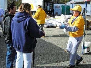 New Jersey storm victims receive meals from a volunteer with the North Carolina Baptist Men. (Photo courtesy of N.C. Baptist Men)