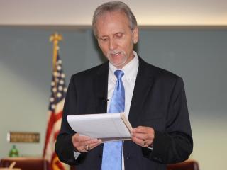 Dr. Steven Taylor
