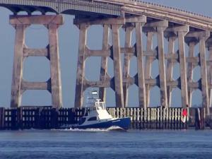 Oregon Inlet, Bonner Bridge