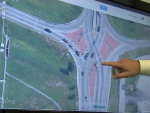 A Diverging Diamond Interchange, or DDI, reduces congestion through intersections by allowing two directions of traffic to cross temporarily to the left side of the road, according to the state Department of Transportation. The movement provides easier access to an interstate, especially during peak traffic times.