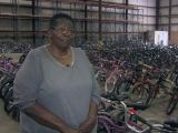 'It's my passion now': Bicycle Man's widow continues holiday tradition