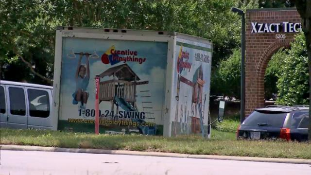 A proposed amendment to a Raleigh City Ordinance would prohibit certain small businesses from parking vehicles that advertise their services on the side of roads.