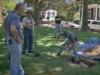 Assistant State Archaeologist John Mintz, along a team from New South and Associates and local volunteers will spend the week using ground-penetrating radar in hopes of finding some evidence to add to the Edenton State Historic Site.