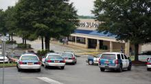 Raleigh police surround Food Lion on New Bern Avenue