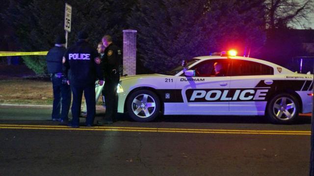 Durham Police Man Dies After Being Shot Inside Car Wral Com