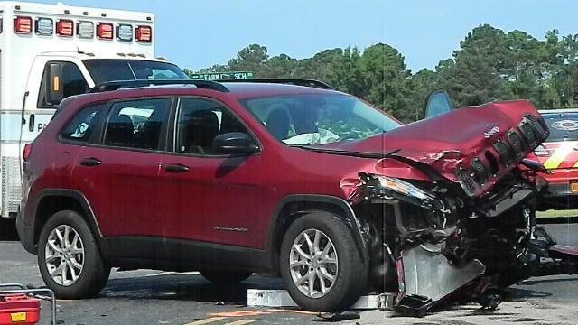 Eight people were hurt in a two-vehicle crash that happened Sunday morning between Carthage and Whispering Pines. Photo by Billy Marts, AberdeenTimes.com