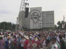 Locals, Americans gather in Cuba for Pope's mass