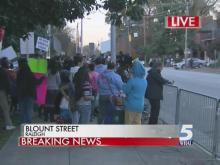 Immigration activists march to Governor's Mansion