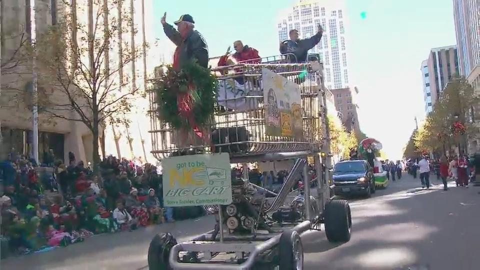 2015 WRAL Raleigh Christmas Parade :: WRAL.com