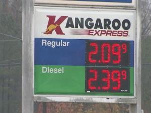 Gas prices continue to drop across the Triangle