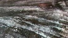 IMAGE: With roads still icy, major school districts close Monday