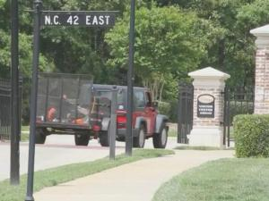 The Johnston County Sheriff's Office is reminding residents to lock their car doors following a rash of break-ins inside a gated Clayton community.
