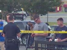Police investigate shooting outside Fayetteville restaurant