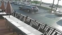 Smokey Bones suspect vehicle