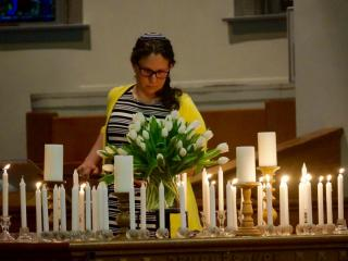 A vigil at Pullen Memorial Baptist Church Monday evening honored the 49 people killed in an Orlando nightclub shooting.