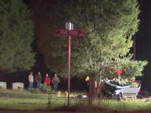 Officials: 2 seriously injured after crash near Wake Forest cemetery