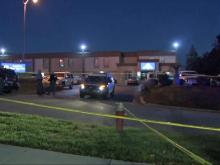 Police searching for hotel murder suspect after Raleigh car chase