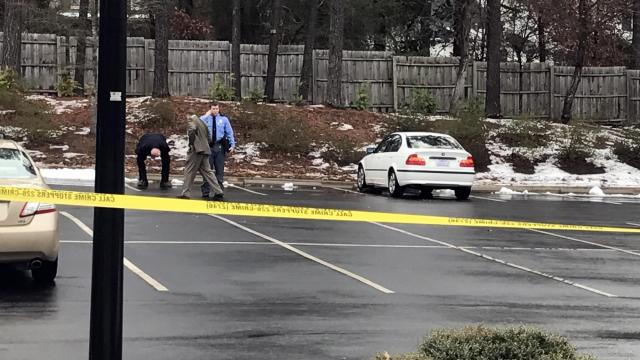Raleigh police investigate a shooting death outside a Creedmoor Road office building on Jan. 11, 2017.