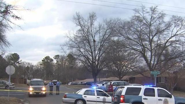 Teen shot in Raleigh