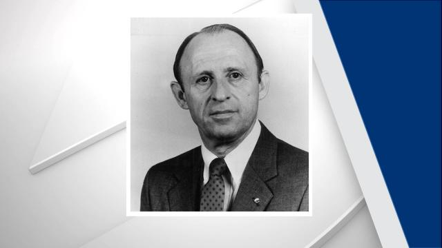 The Durham County Sheriff's Office on Wednesday announced the death of retired Sheriff Roland W. Leary, who was the county's sheriff from 1982 to 1992. He was 83.